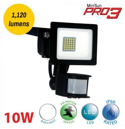 Pro3 10w LED Daylight PIR Security Floodlight Black IP66 1120 Lumen