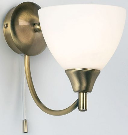 Traditional Antique Brass Single Switched Wall Light