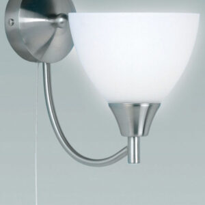 Traditional Satin Chrome Single Switched Wall Light