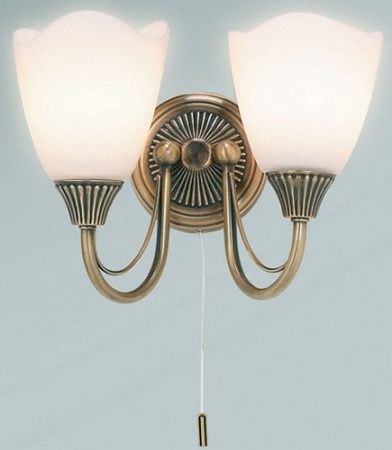 Traditional Switched Antique Brass 2 Lamp Wall Light