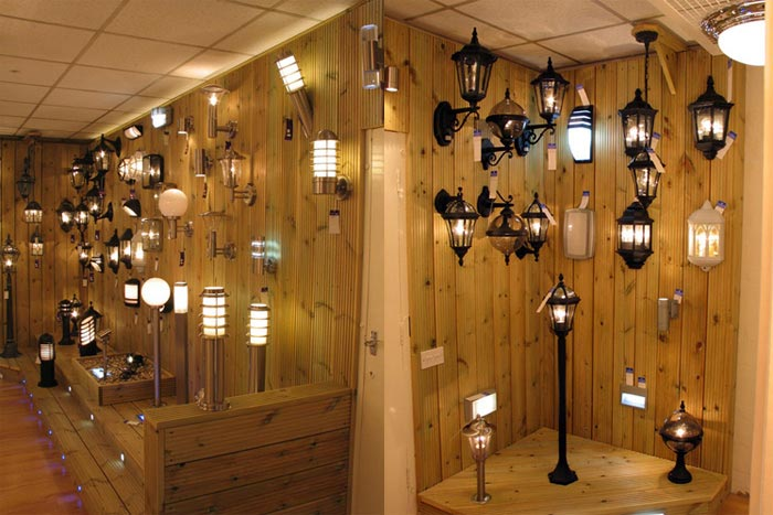 Showroom outdoor lighting display