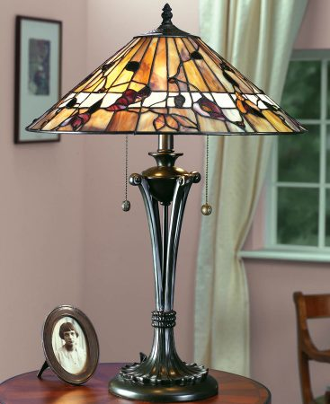 Bernwood Medium 2 Light Art Glass Tiffany Table Lamp