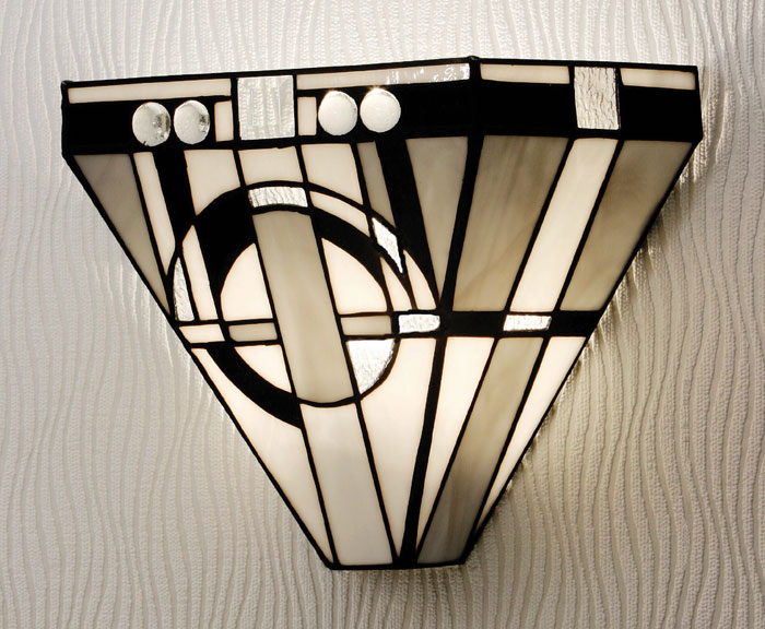 metropolitan tiffany art deco style wall light 64267. Black Bedroom Furniture Sets. Home Design Ideas