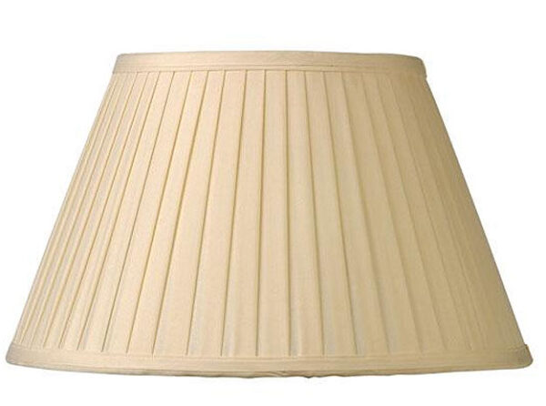 Pleated Cream 20 Inch Lined Lamp Shade