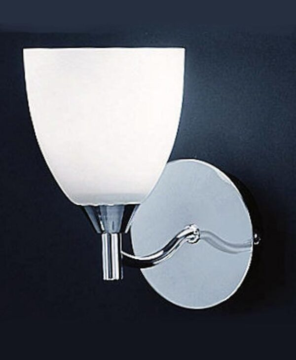 Traditional Single Wall Light Polished Chrome Alabaster Effect Glass
